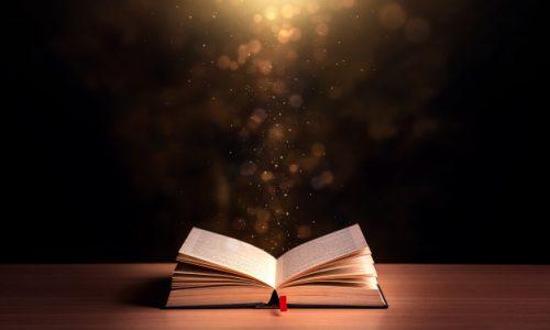 libro-abierto-antecedentes-biblicos_112554-164